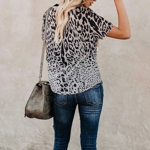 Cute Leopard print Top size M
